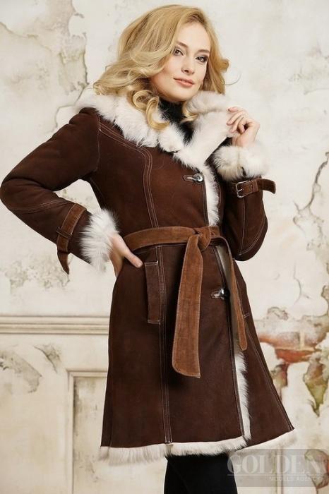 Женские дубленки. . В любое время года хочется иметь под рукой тёплую и комфортную одежду